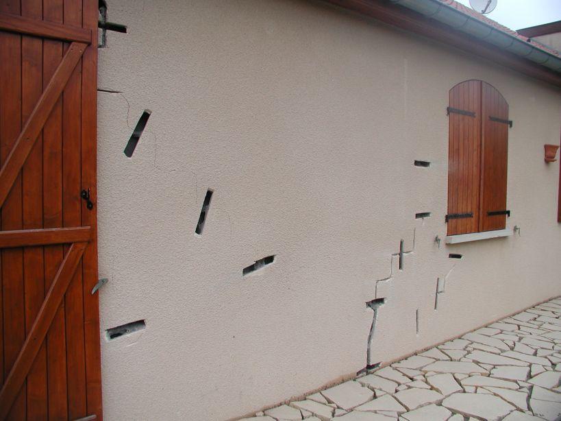 reparer fissure facade reparer fissure facade with reparer fissure facade angle de mur abm. Black Bedroom Furniture Sets. Home Design Ideas